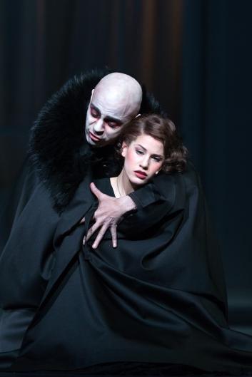 """Musikalische Komödie LeipzigGP """"Dracula"""" am 14.04.2016"""